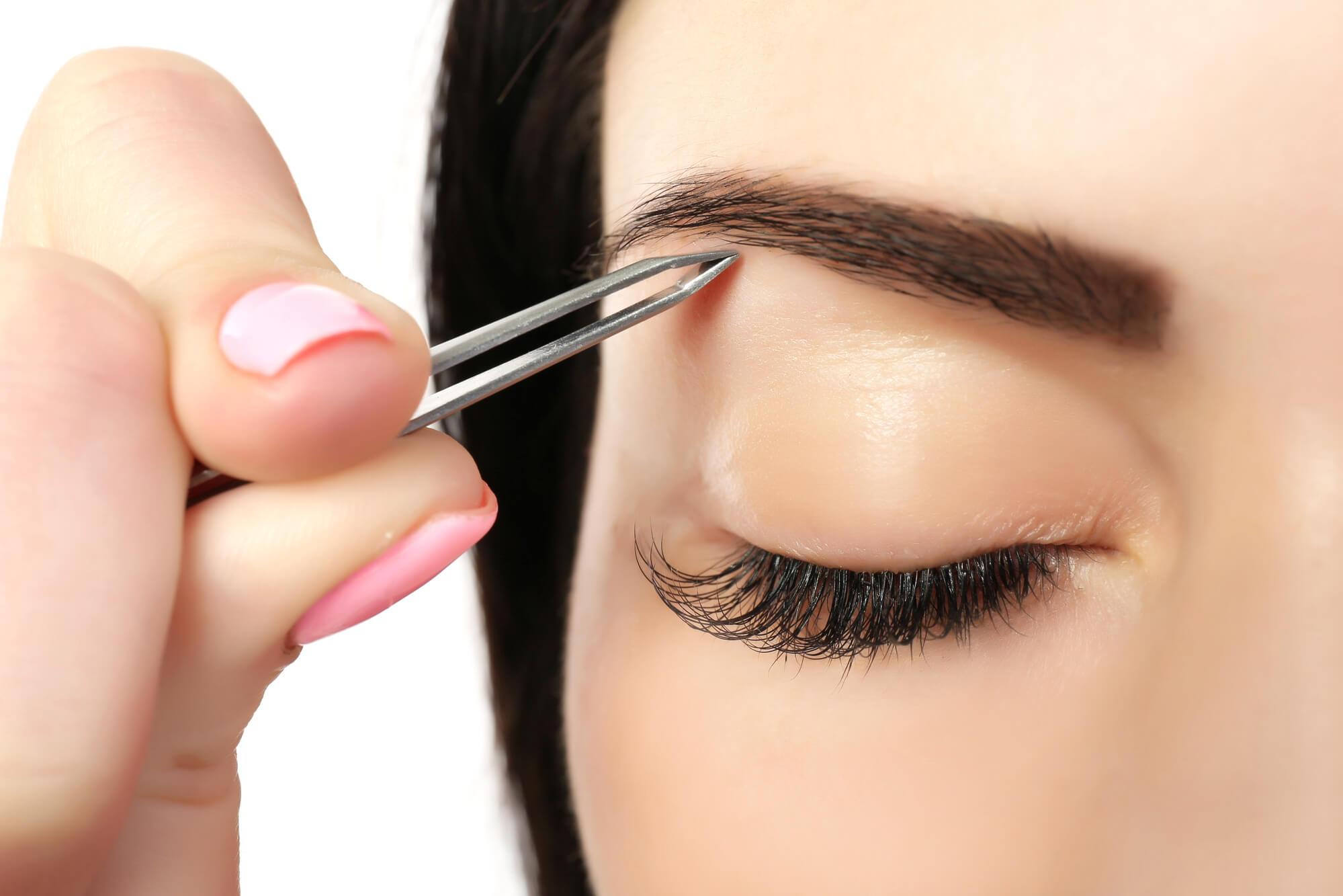 Lee más sobre el artículo Cómo maquillar las Cejas